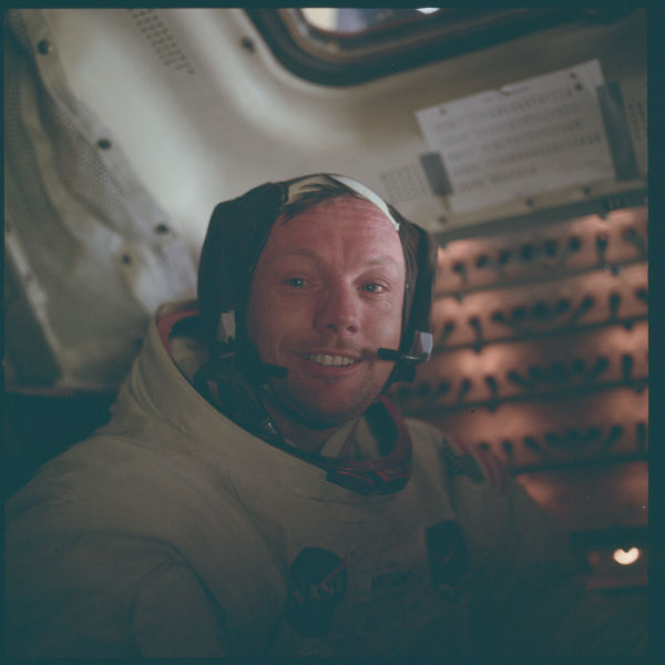 Neil Armstrong durante a Apollo 11, em 1969. (Créditos: Nasa)