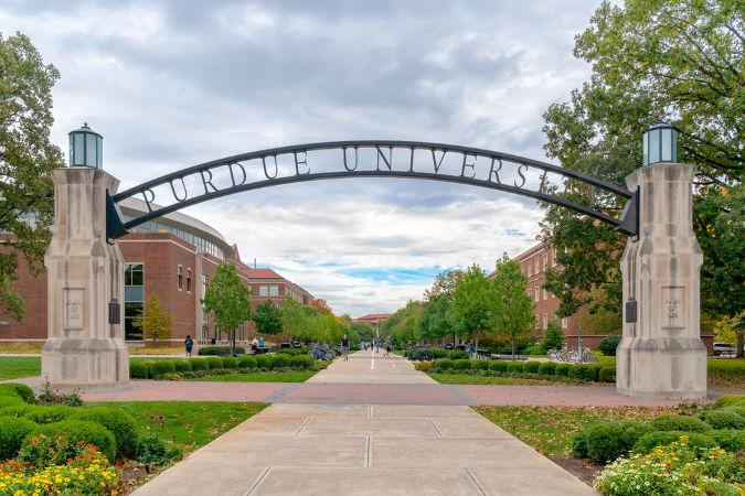 Na Purdue University, Neil Armstrong formou-se em Engenharia Aeroespacial. (Crédito: Ken Wolter e Shutterstock)