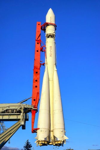 O foguete Vostok foi inaugurado em maio de 1960, com o lançamento do Sputnik 4. (Crédito: Shcherbakov Ilya e Shutterstock)