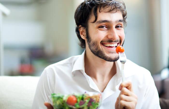 Hábitos de vida saudáveis podem ajudar na prevenção de uma série de doenças, inclusive o câncer.