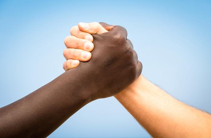 Infelizmente, a democracia racial ainda é uma utopia.