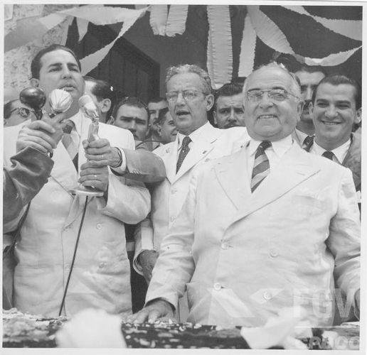 Getúlio Vargas durante a campanha para a eleição presidencial de 1950.[1]