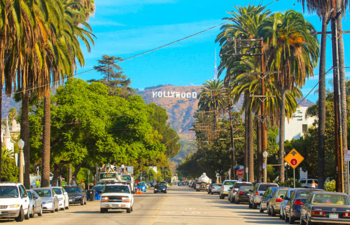 Los Angeles é conhecida como a cidade cinematográfica dos Estados Unidos.***