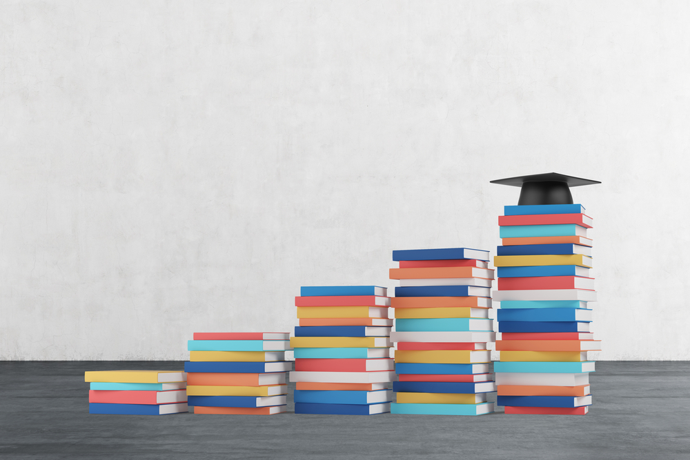Atualmente, existem 750 milhões de jovens e adultos sem saber ler e escrever.