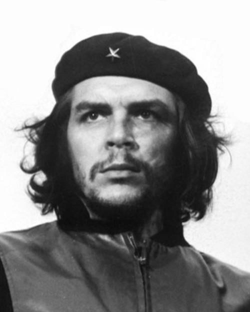 Che Guevara, uma dos líderes da Revolução Cubana.