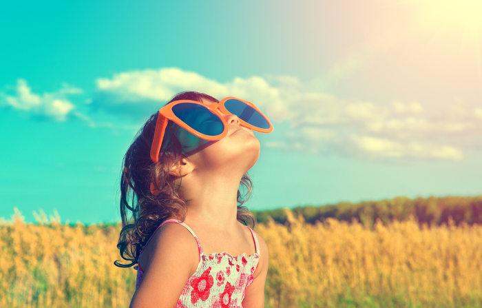 A exposição ao Sol é a principal forma de obter vitamina D.