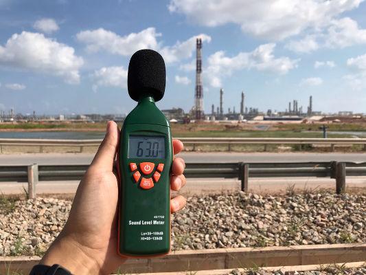 O decibelímetro é usado para medir a intensidade sonora.