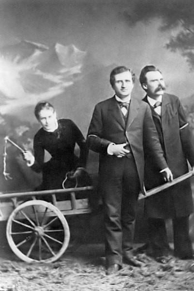 Salomé, à esquerda, Paul Rée, ao centro, e Nietzsche, à direita.