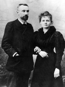 Pierre e Marie Curie em 1895. [2]