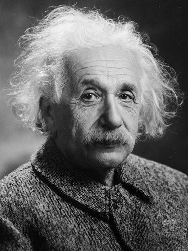 Um dos principais nomes da física, Albert Einstein ganhou o Nobel em 1921.
