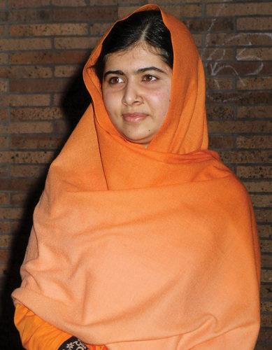 Nobel da Paz aos 17 anos, Malala foi a pessoa mais jovem a ser laureada na história do prêmio. [2]