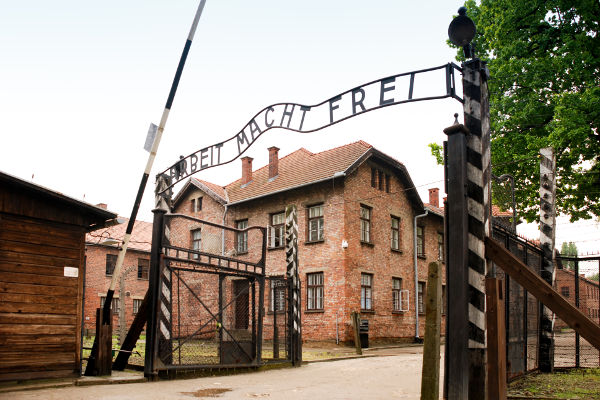 Campo de concentração de Auschwitz, na Polônia, o que mais matou judeus.[2]
