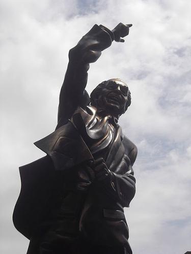 Estátua de Leonel Brizola, amigo e parceiro político de Darcy Ribeiro.