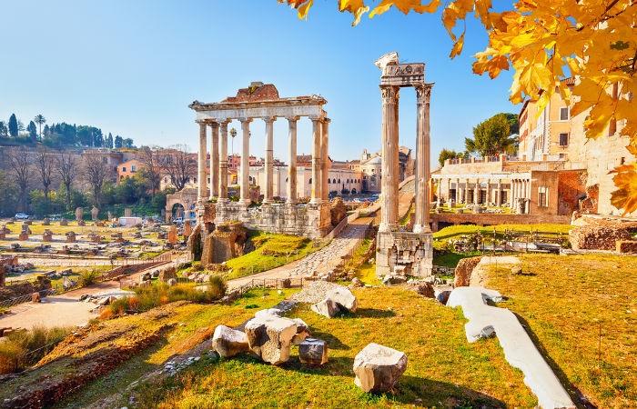 A Alta Idade Média iniciou-se com a decadência do mundo romano.