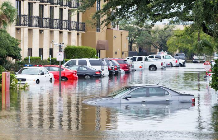 O aquecimento global tem favorecido o aumento das inundações, causando diversos transtornos. [1]