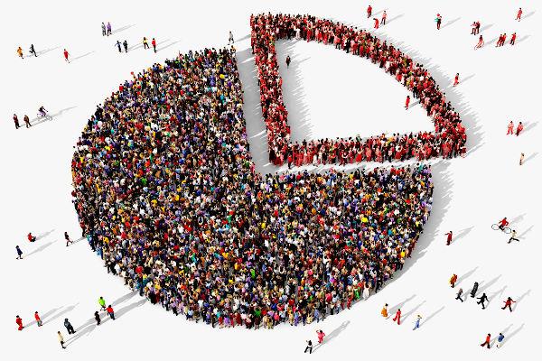 O termo minoria não faz referência a número, mas a grupos excluídos do poder político, econômico e social.