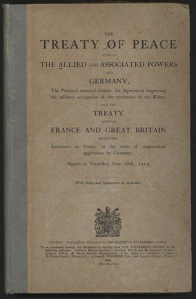 Página frontal da versão em inglês do Tratado de Versalhes.