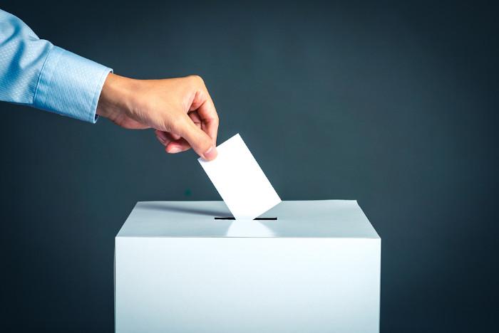 O direito ao voto por muito tempo foi restrito a poucas pessoas.