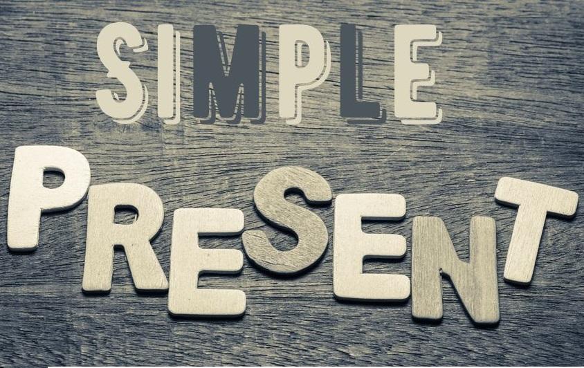 O Simple Present é empregado para expressar ações do dia a dia.