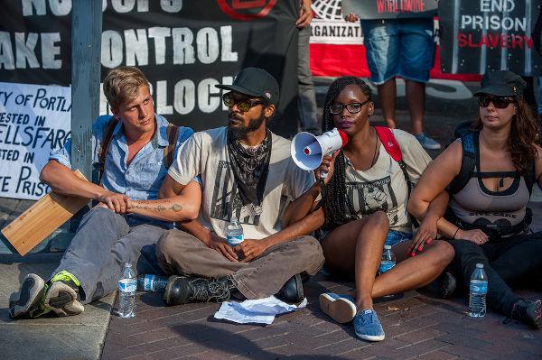 A desobediência civil é um conceito pautado pela busca por igualdade e justiça social. [1]