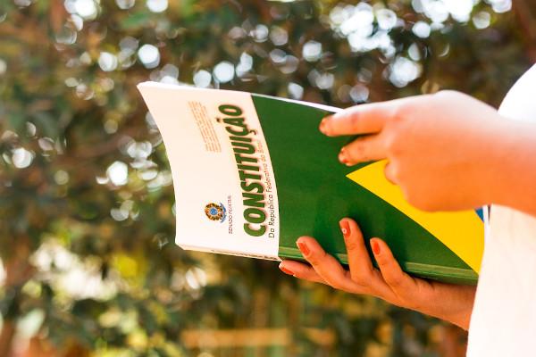 Constituição Brasileira de 1988, também conhecida como Constituição Cidadã. [1]
