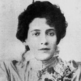 Francisca Júlia, invisibilizada pela crítica literária, tem sido revisitada na contemporaneidade.