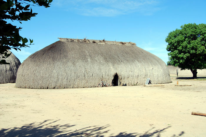 Como forma de defender os indígenas, o Marechal Rondon foi um dos defensores da criação do Parque Nacional do Xingu.