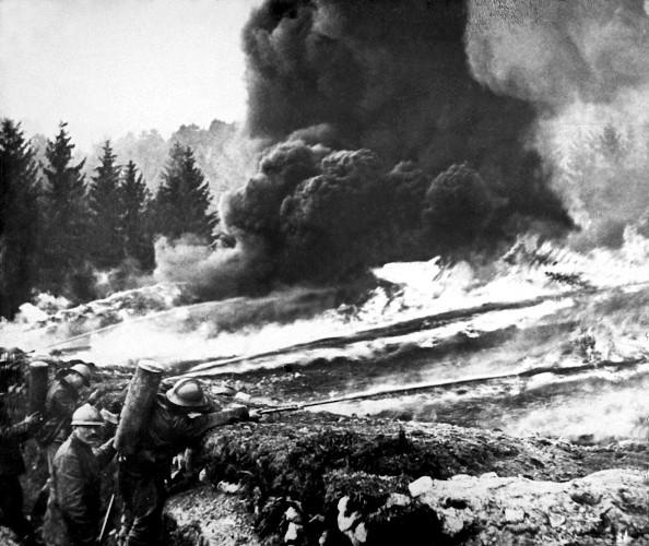 A Primeira Guerra Mundial foi marcada pelo uso da tecnologia e da ciência em prol da destruição.