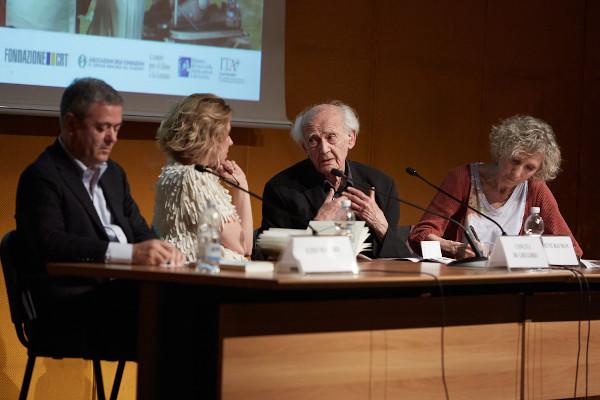 Zigmunt Bauman no Salão do Livro em Turim, Itália, em 2015. [1]