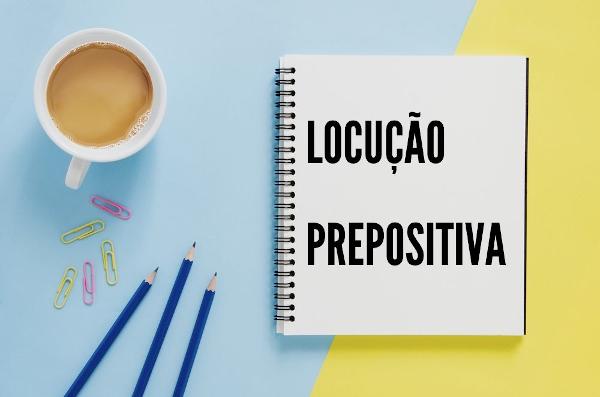 As locuções prepositivas são agrupamentos de palavras que exercem a função de preposições.