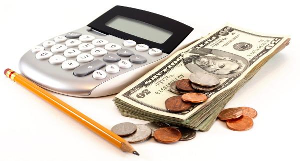 Matemática financeira é a área que lida com situações-problemas envolvendo dinheiro.