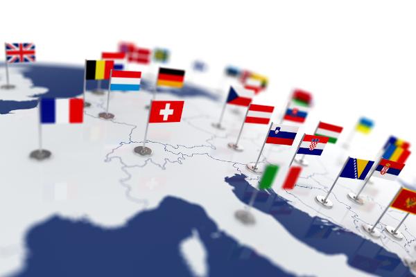 A Europa é um dos menores continentes do mundo e um dos mais dinâmicos na atualidade.