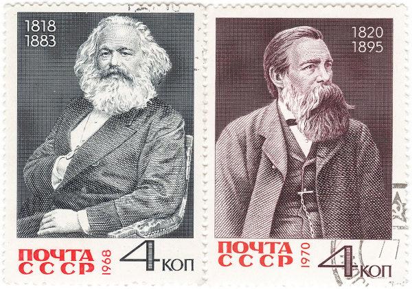 Pôster soviético em homenagem a Marx e Engels (1970). A Revolução Russa foi uma das tentativas históricas de implantar o marxismo. [1]