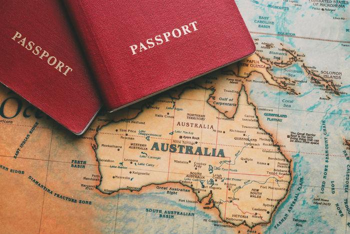 O turismo é uma forma comum de migração.