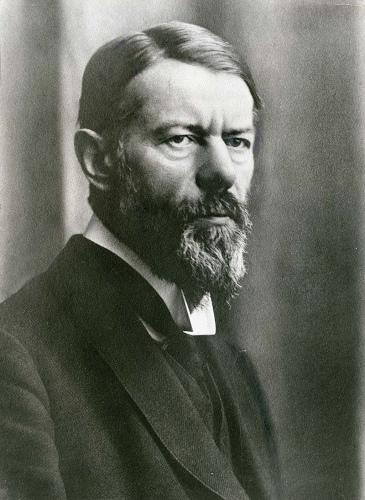 Para Max Weber, o conceito de classe social envolve renda, poder e status.