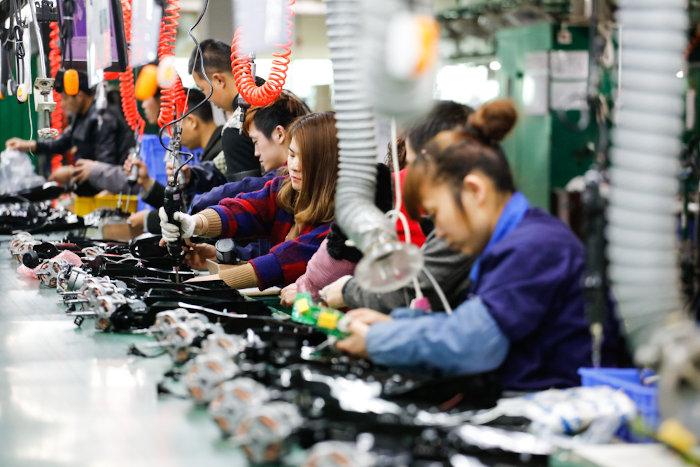Os trabalhadores chineses e de outros países em desenvolvimento com poucas leis trabalhistas são os proletários mais explorados atualmente. [1]