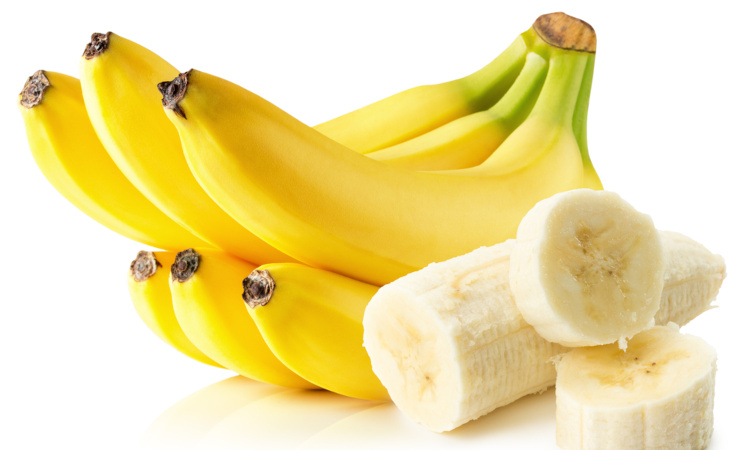 A banana é um exemplo de fruta rica em potássio.