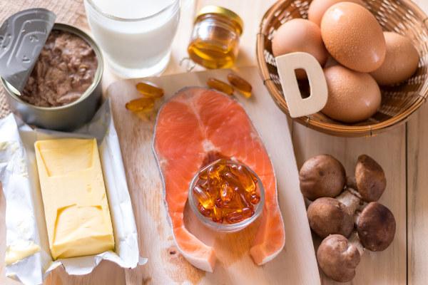A vitamina D é fundamental para garantir-se ossos saudáveis.