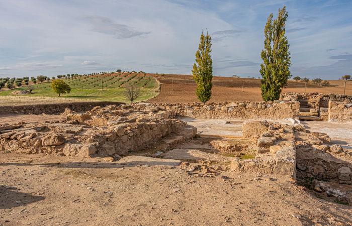 Ruínas visigóticas na Espanha, onde os visigodos estabeleceram-se após invadir as terras romanas.