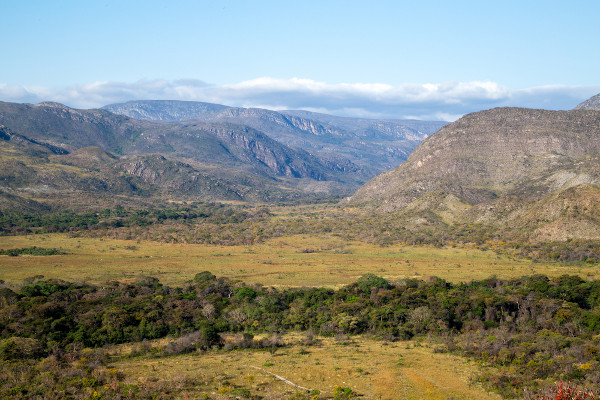 Serra do Cipó, compreendida no Maciço do Espinhaço, uma das principais formações rochosas do estado de Minas Gerais.
