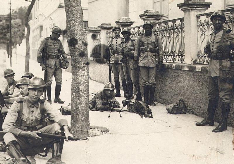 Soldados que participaram da Intentona Comunista.