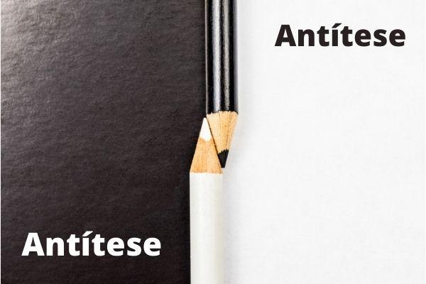 A antítese trabalha com a oposição entre diferentes que não se anulam.