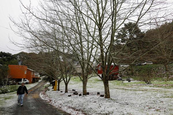 A paisagem de São Joaquim (SC) é alterada no inverno, quando pode haver precipitação na forma de neve.