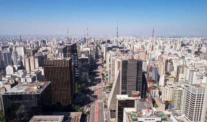 A Avenida Paulista é conhecida como o centro financeiro da capital.