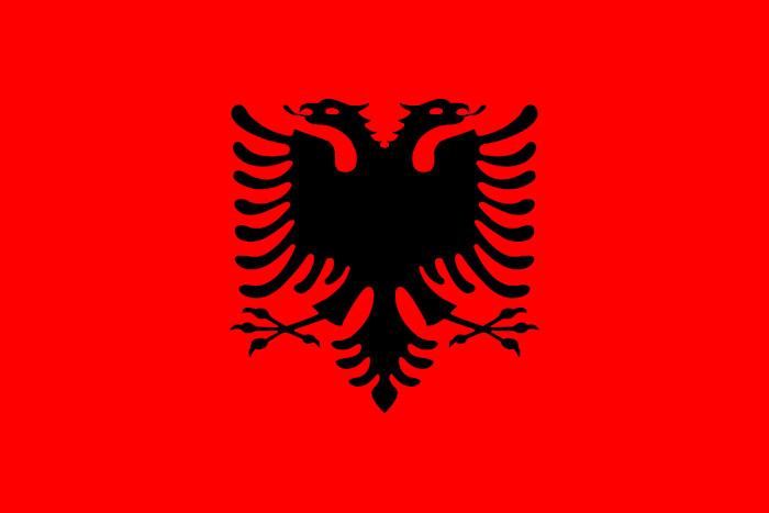Bandeira albanesa.