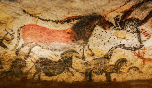 Imagens rupestres de animais, na Caverna de Lascaux (França).[1]