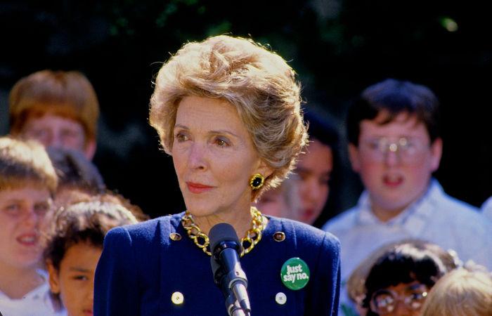 Nancy Davis permaneceu casada com Ronald Reagan por mais de 50 anos, tendo juntos dois filhos.