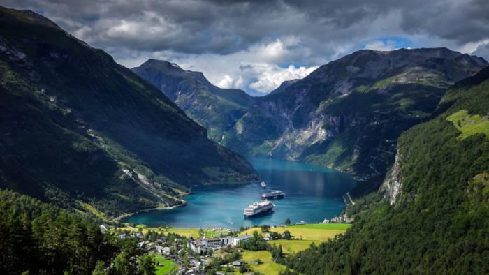 Os fiordes da Noruega são considerados os mais belos do mundo.