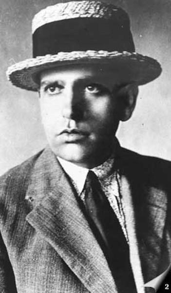 Oswald de Andrade, aproximadamente em 1920.