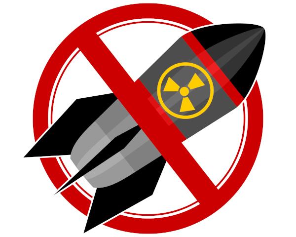 A sociedade civil, por meio de ONG, clama pelo fim das armas nucleares desde 2007.